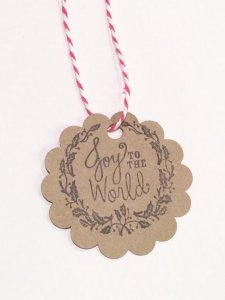 holiday christmas gift tag joy to the world kraft round scallop