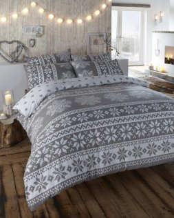 snowflake bed winter
