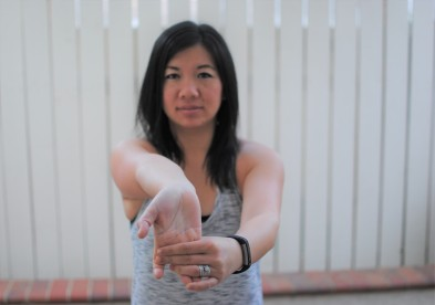 wrist forearm stretch